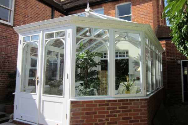 Victorian Style Conservatory in Caversham Heights - This conservatory was built to create additional space for a family in Caversham Heights.