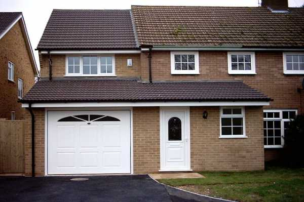 Hugh Fraser Drive, Tilehurst extention - This extension was build next to a quality new property constructed by Garda<p><p>-
